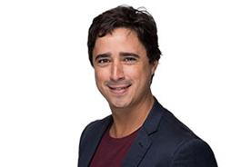 Pablo Fernandez, Relationship Manager