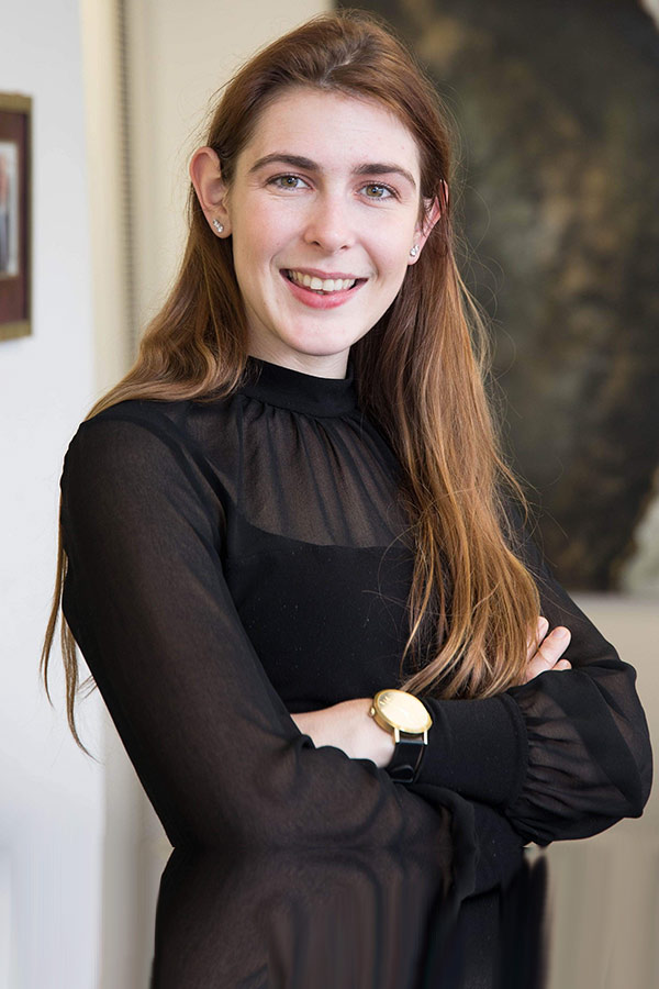 Elisabeth Giles