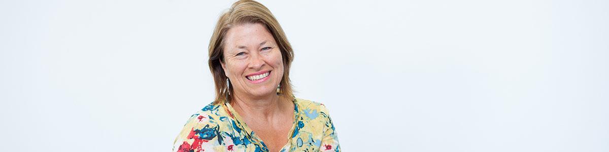 Associate Professor Sharon Harvey