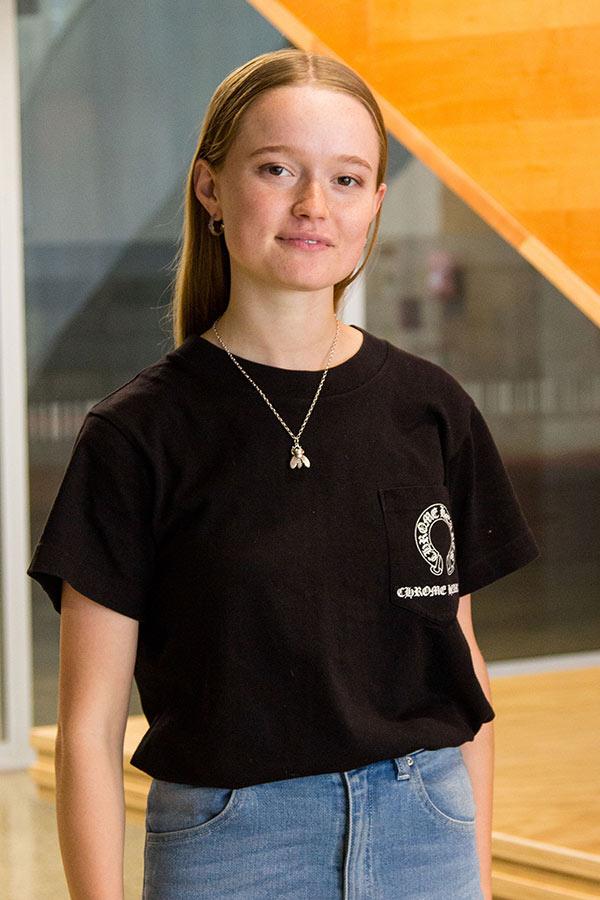 Nina Van Lier
