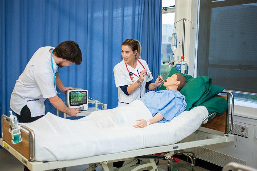 Simulation training for nursing at AUT