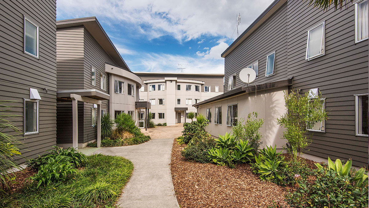Akoranga Student Village is just a 5-minute walk to AUT North Campus